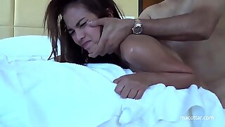 Tailandesas prostituta porco com cruelly up the Donk