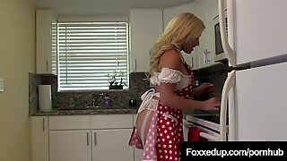 Young Black Jenna Foxx & Hot Latina Cristi Ann Scissor Fuck!