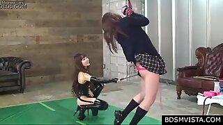 Hot Japonesas Dominção em Latex Educa sua Atapada Escravia