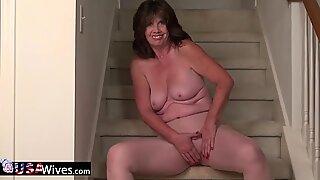 USAWIVES MADURAS Woman Jade Masturbação Solo
