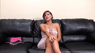 Smoking hot amateur gets her ass destroyed Report this video