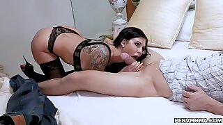 milf Melissa Lynn's matured pussy romping tear up from behind!