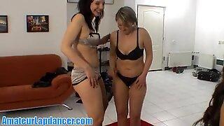 Striptease e lapdance de três raparigas excitadas