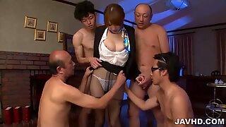 Hikaru Shiina pode certamente por favor vários pilas