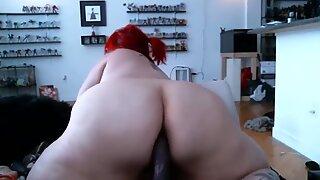 Redhead BBW puts in her giant ass big dildo