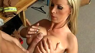 Sexy blonde babe Nikki Benz enjoys having her mouth filled by a thick shaft