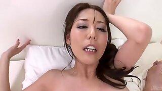 Porno POV Vídeo de Gorduchas morena Akari Asagiri Cavalgar Caralhos