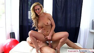 Cherie Deville crammed by hung horny Johnny
