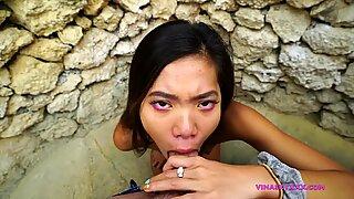 Public filthy oral pleasure in resort bathroom
