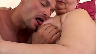 Horny Mature Lady Seduces The TV repair-Man